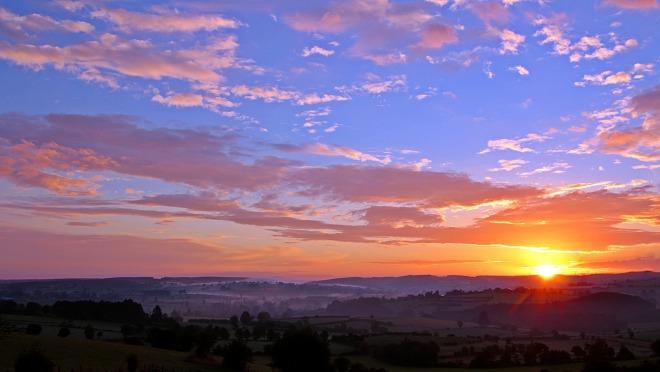 sunrise-1513802_1920